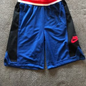 Nike Dri-Fit Kids Shorts Sz M